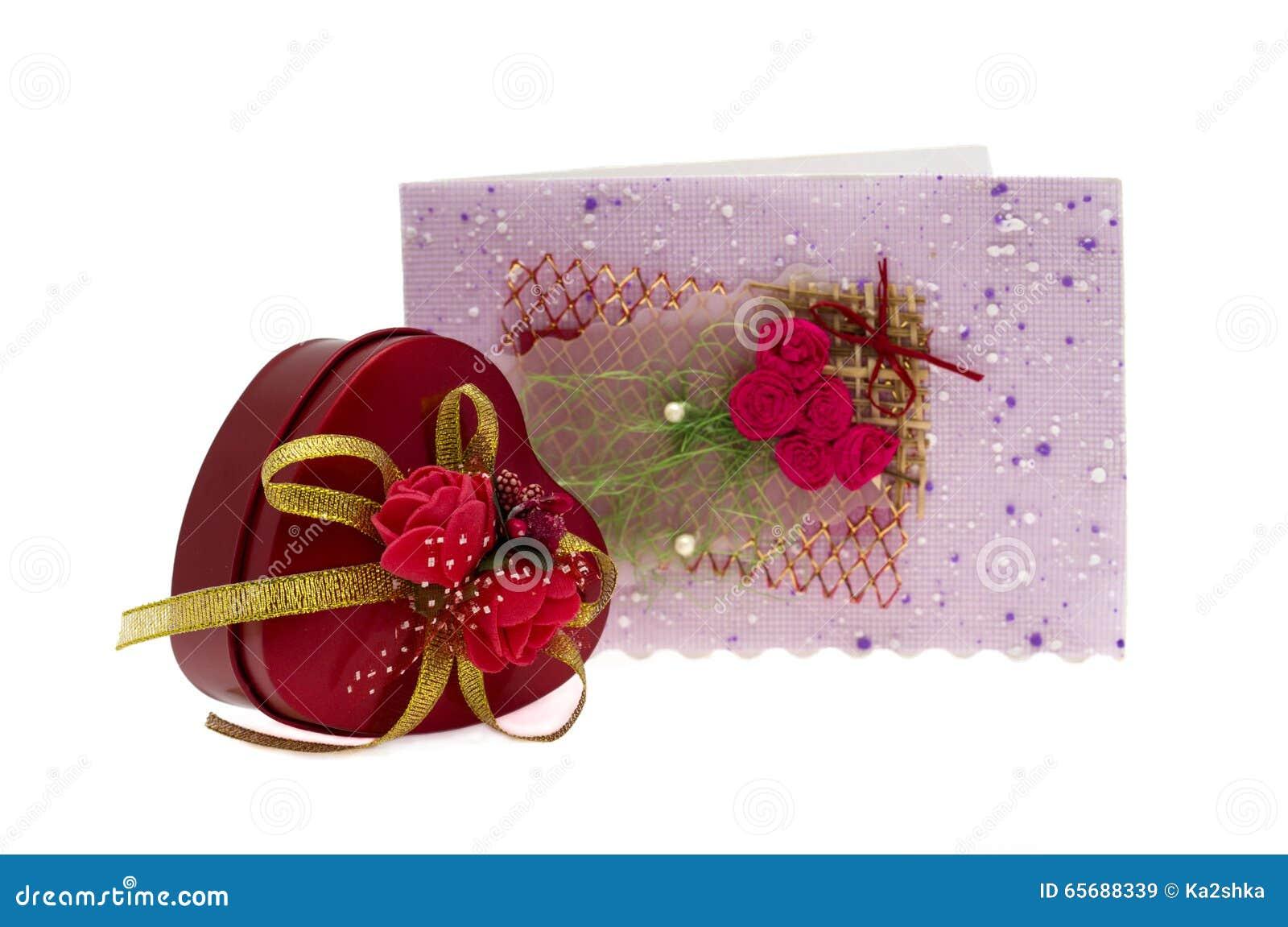 Walentynka dnia prezent w srebra kartka z pozdrowieniami i pudełku