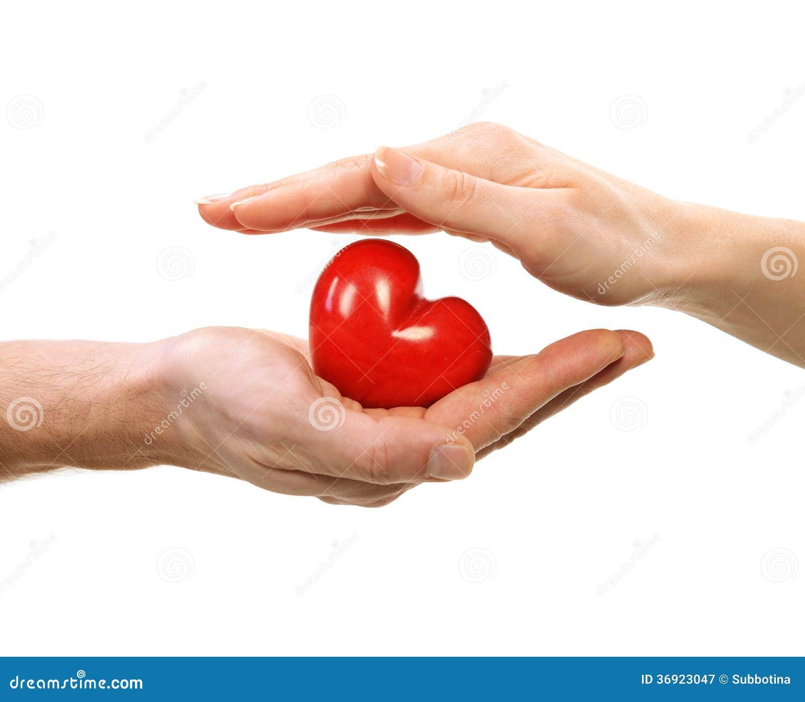 Walentynki serce w rękach