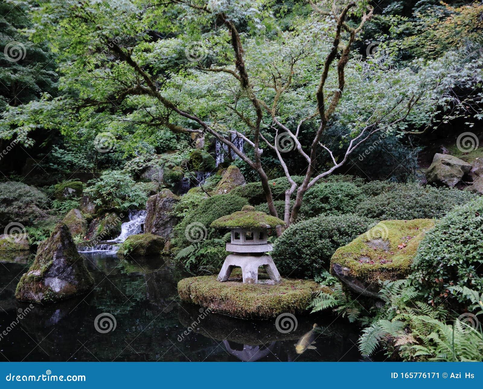Portland Oregon Japanese Garden Stock Image Image Of Landscape