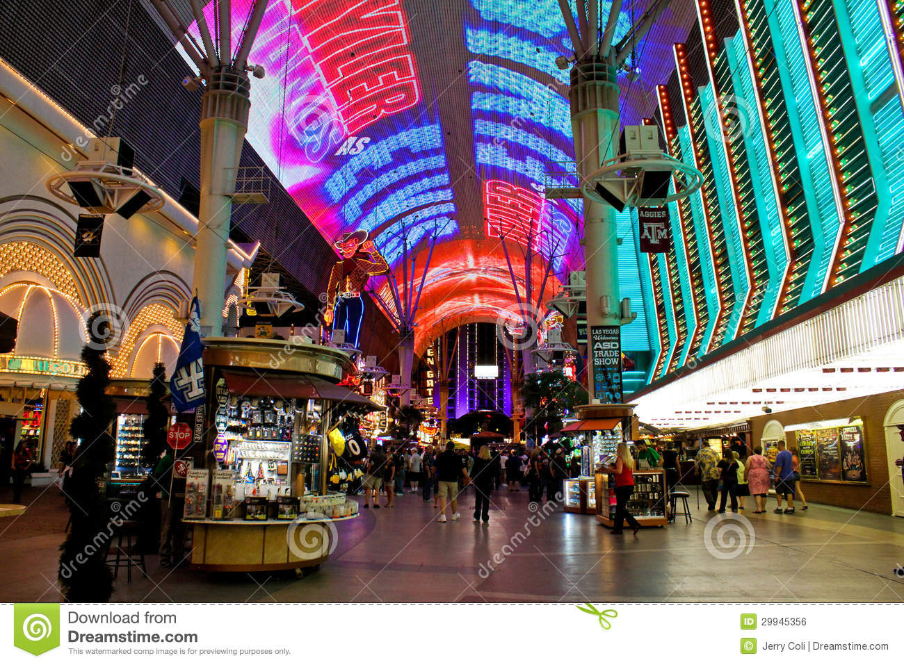 Searcys At The Gherkin furthermore Zero Energy In The 2015 New American Home as well Royalty Free Stock Image Walking Around Old Town Downtown Las Vegas Nv Image29945356 furthermore Caesars Palace Las Vegas Statue 573599 further Africa Youve Never Seen. on architecture building in las vegas