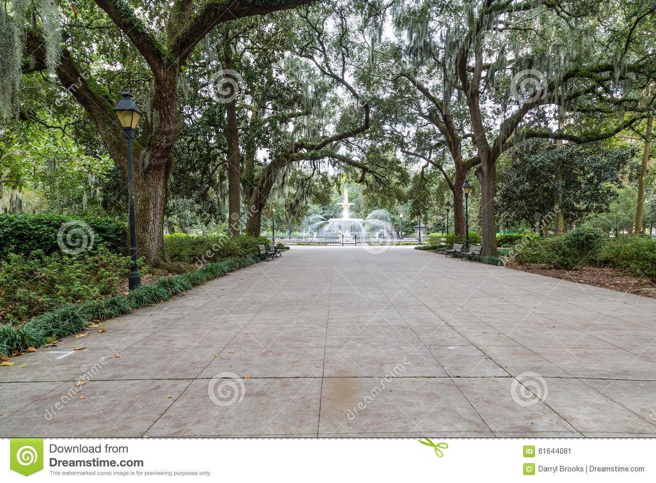 Walkway to Forsyth Park Fountain