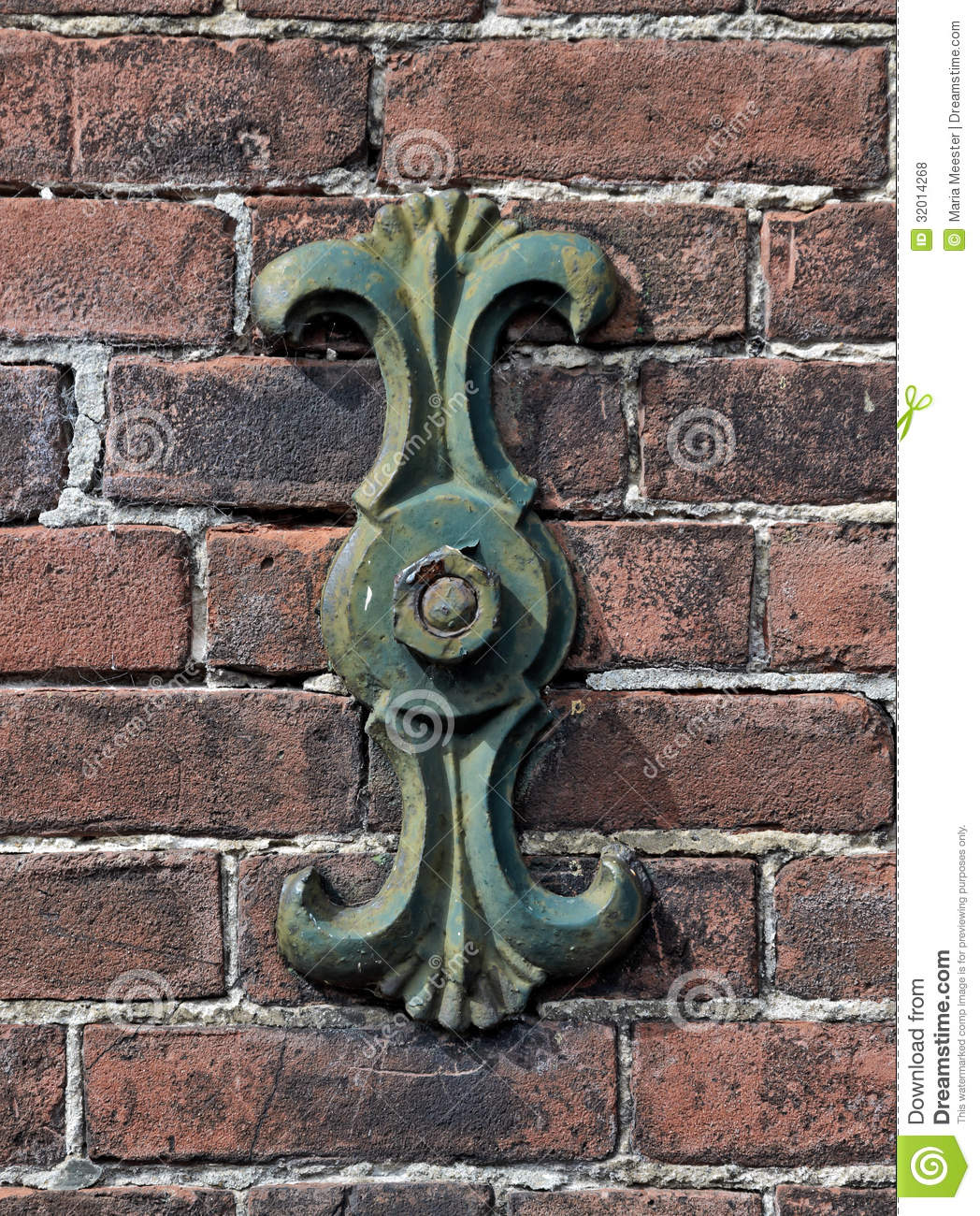 Wall anchor royalty free stock photos image 32014268 for Classic house voices