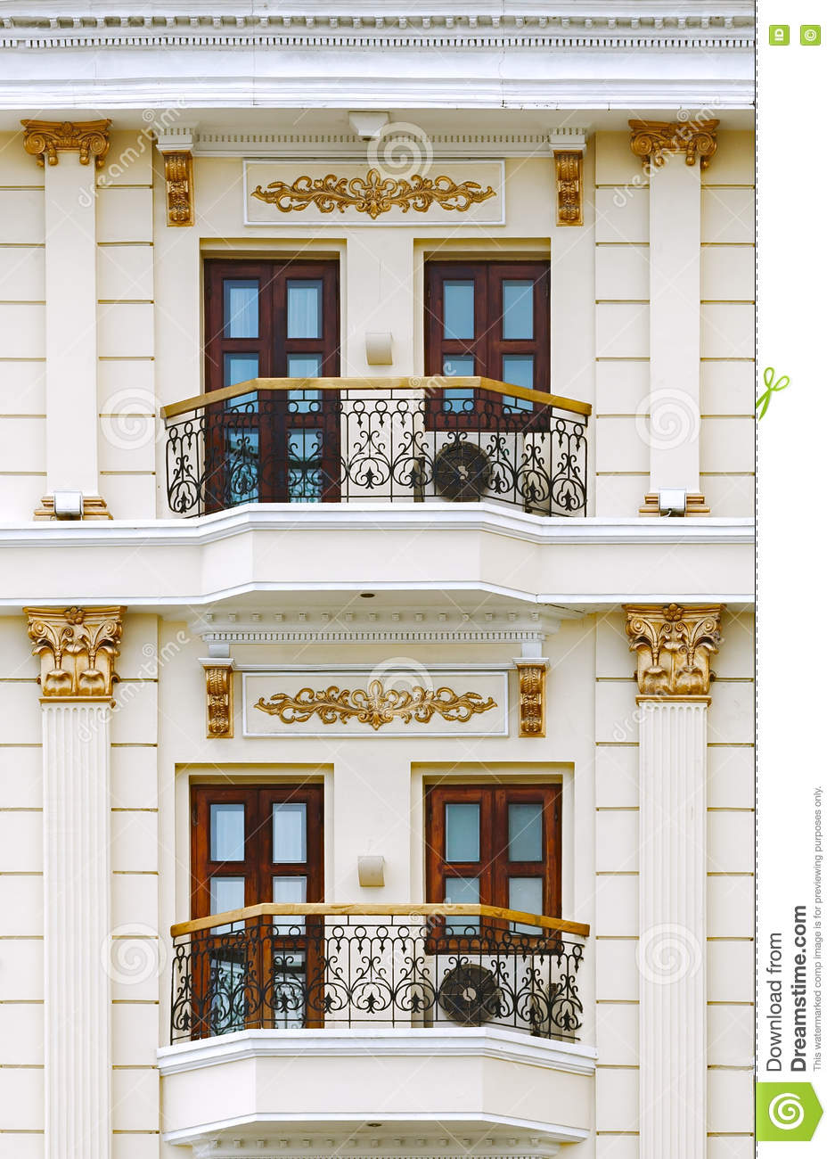 How to quickly close the balcony windows with tulle 6