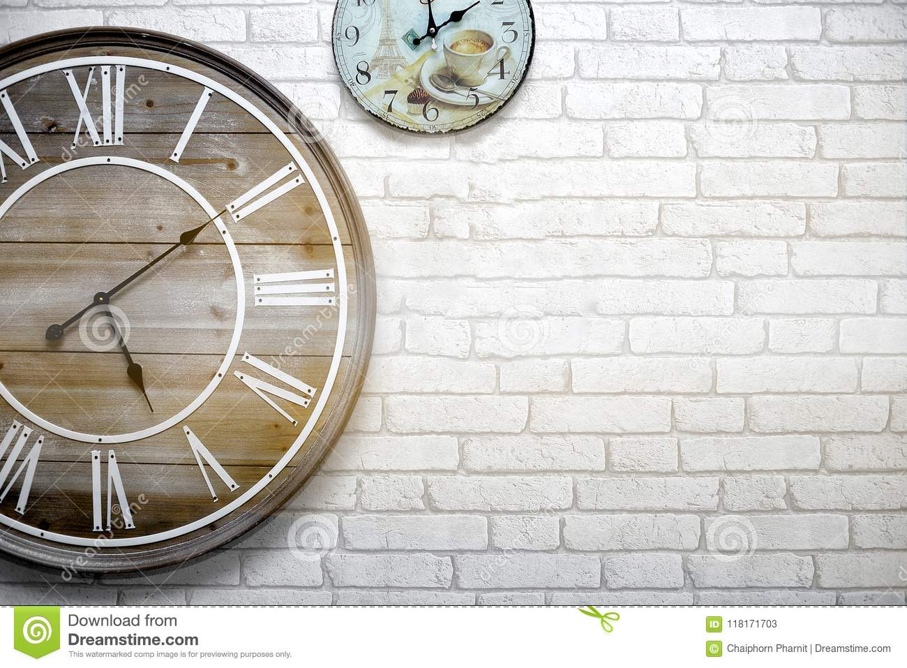 The Wall Clock Vintage Is Hung On A White Brick Wall Telling The Time Accurately Stock Image Image Of Clock Telling 118171703