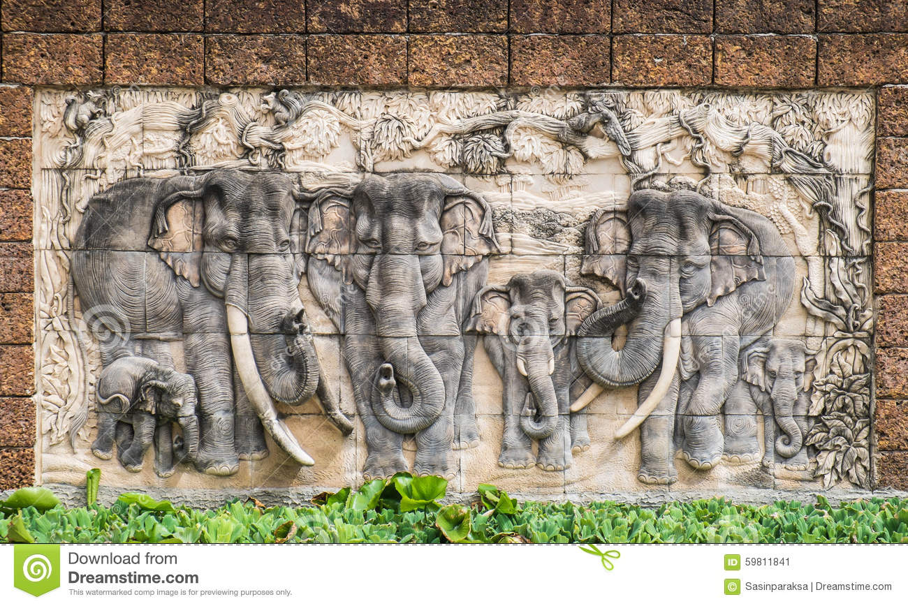 Stone elephants royalty free stock image cartoondealer for Muurdecoratie buiten