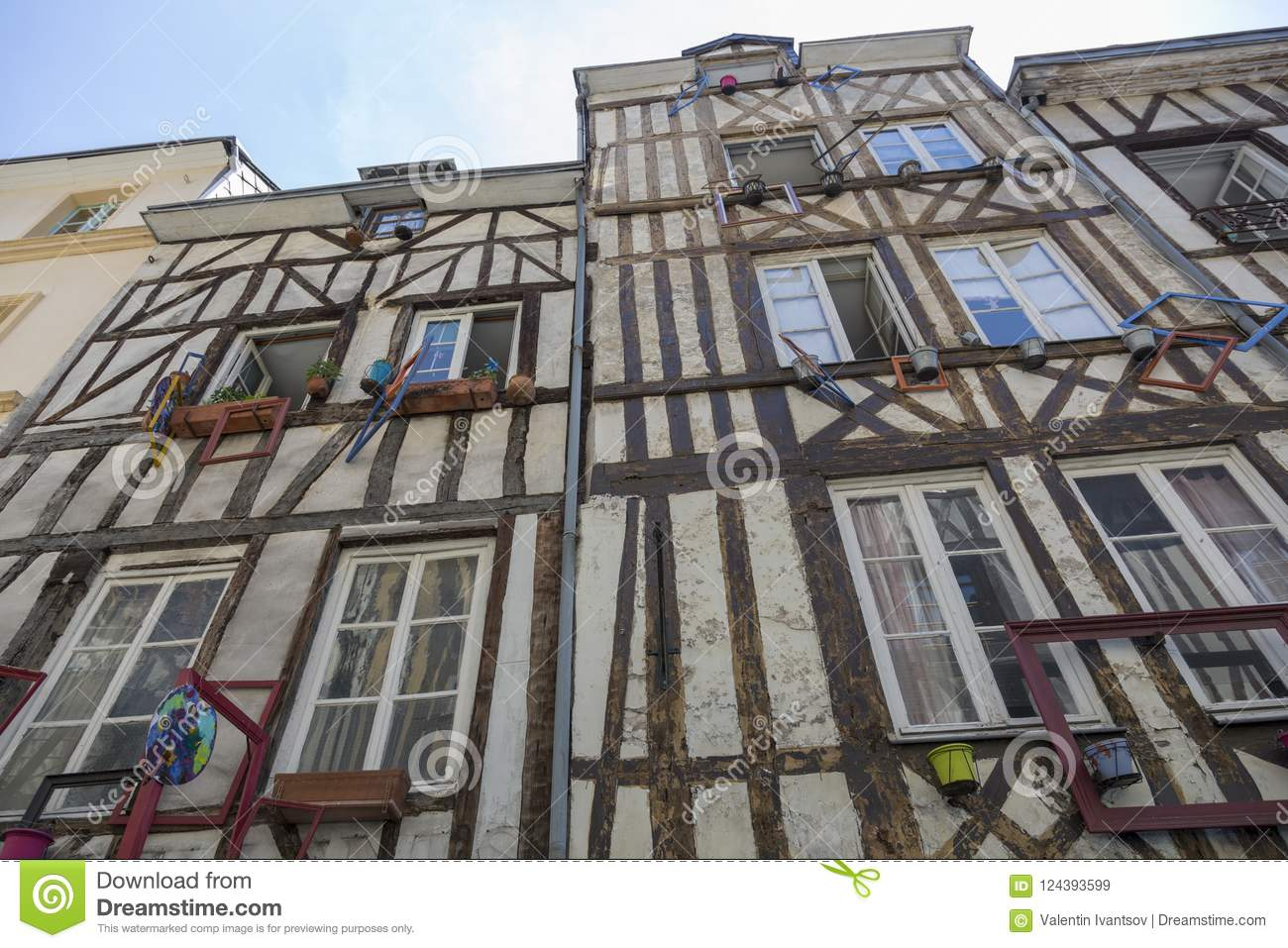 Half-timbered houses: what is it, construction technology 98