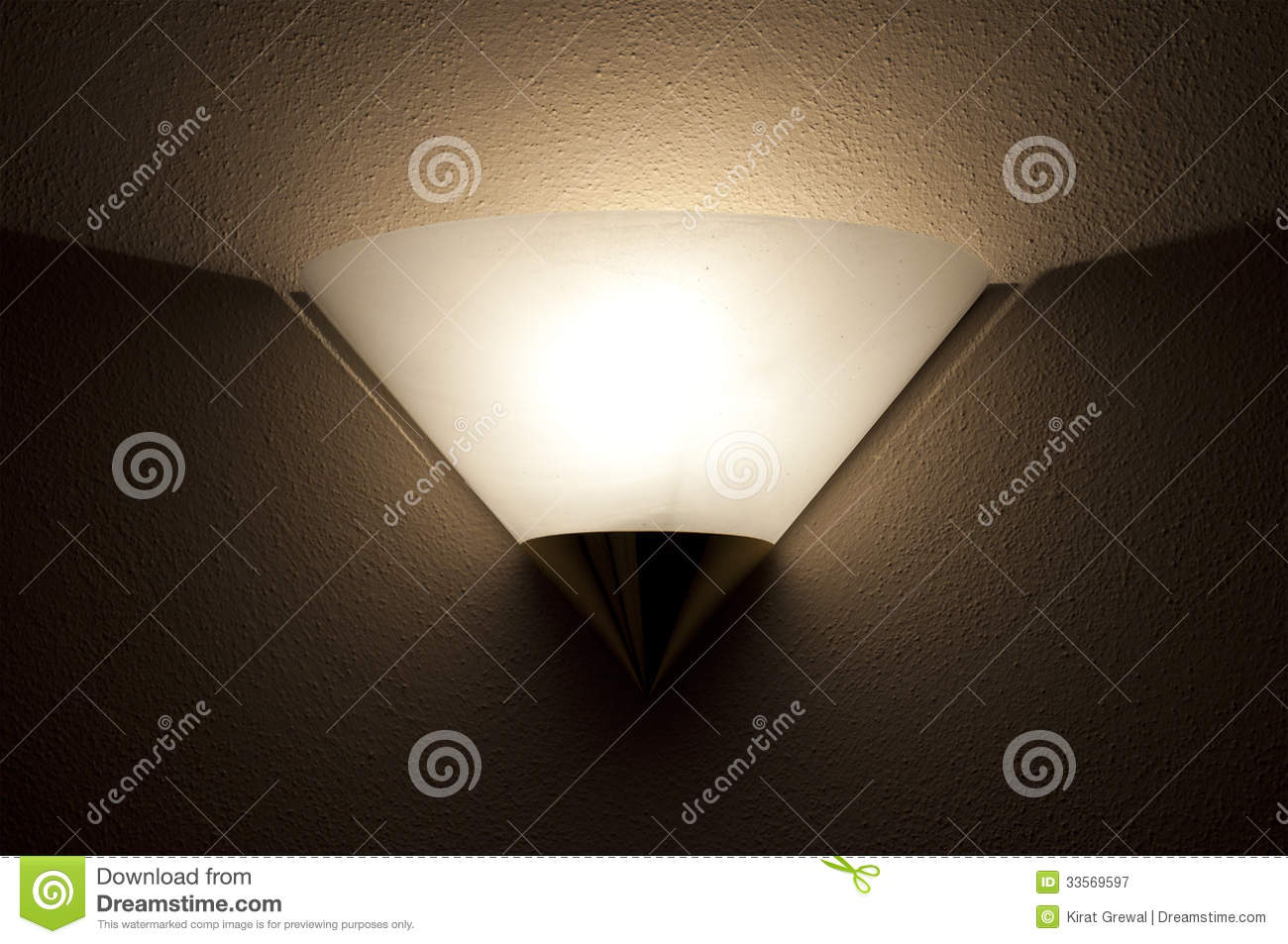 Wall Mounted Light Royalty Free Stock Photography - Image: 33569597