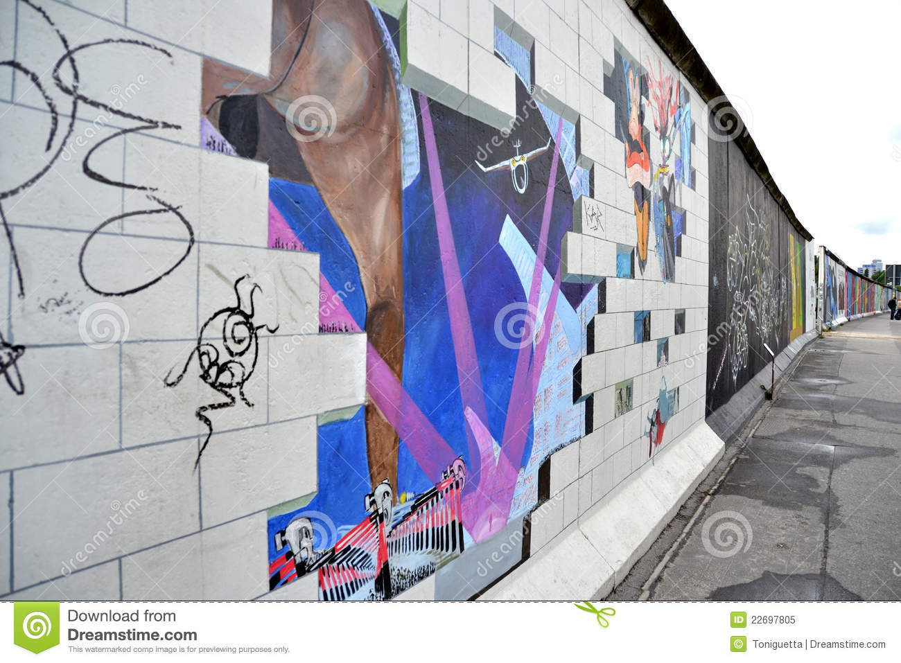 The Wall Pink Floyd Editorial Image Image Of Graffiti 22697805