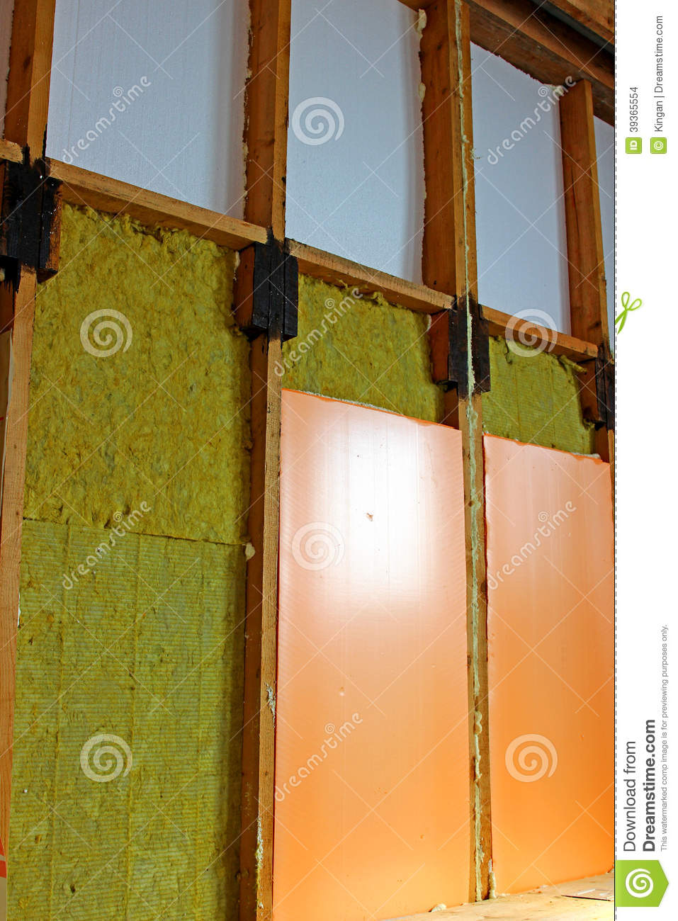 Different Types Of Wall Insulation : Walls of a frame house with different types heat
