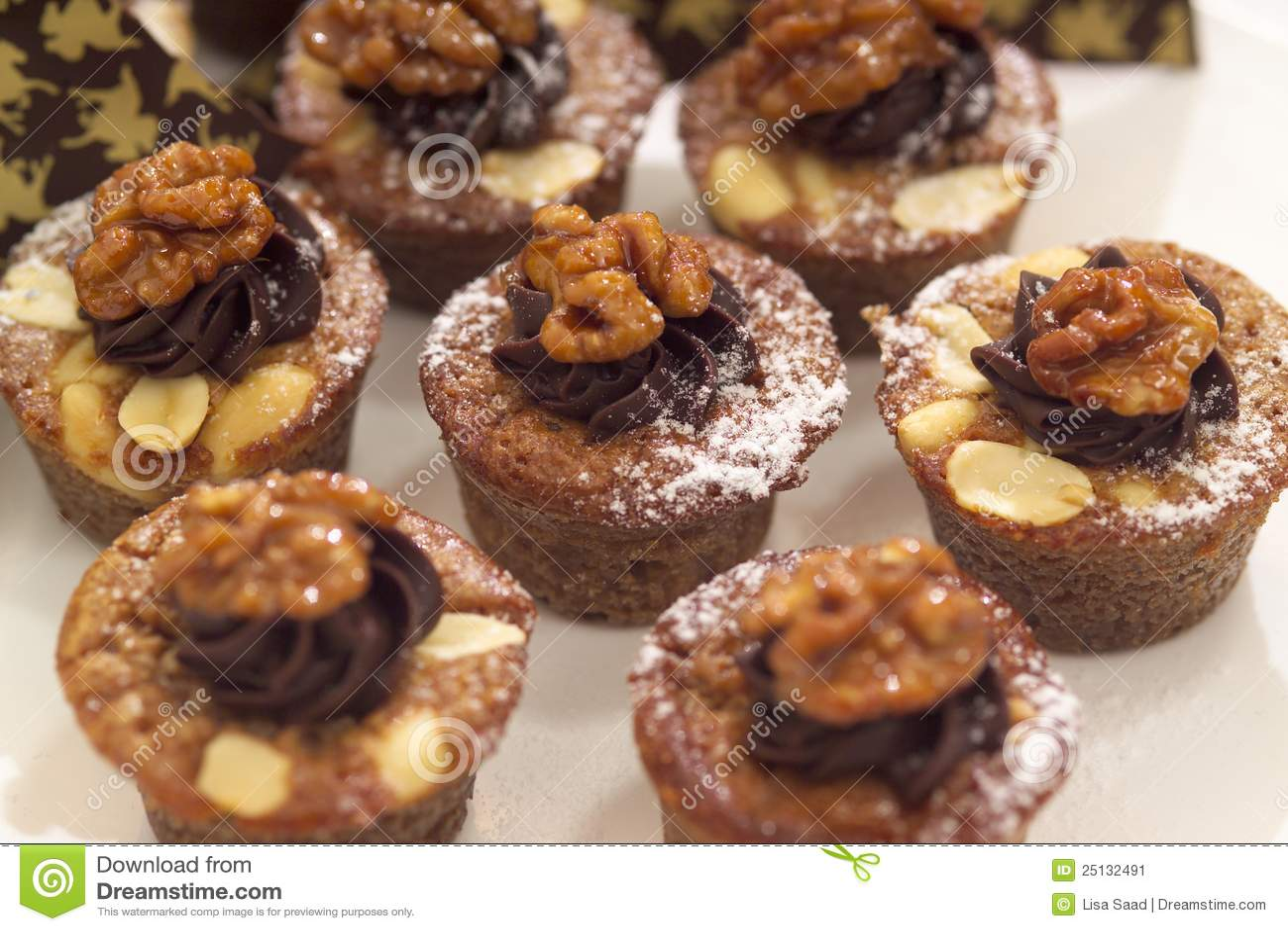 Walnut and chocolate muffins