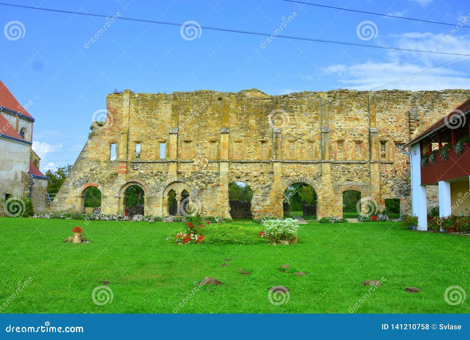 Walpole Ruiny średniowieczny cistercian opactwo w Transylvania