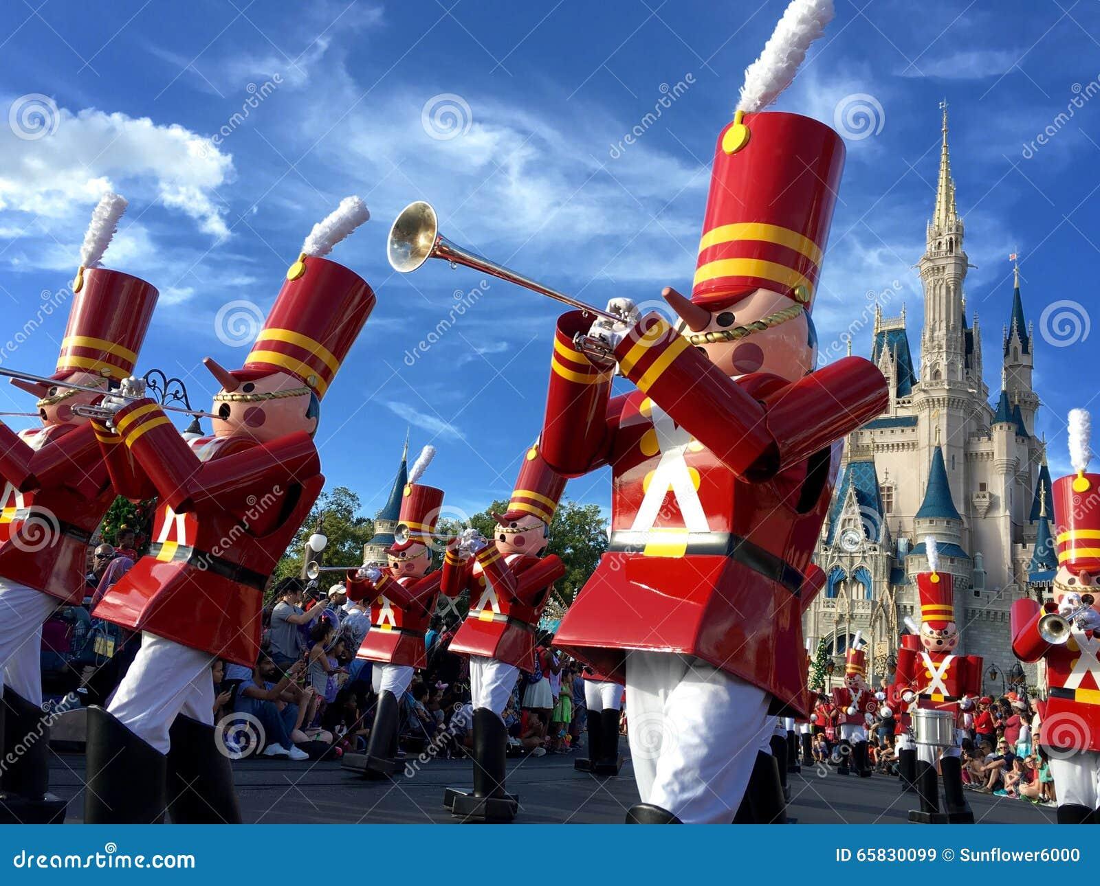 Walt Disney World Chistmas Holidays Parade Editorial Stock ...