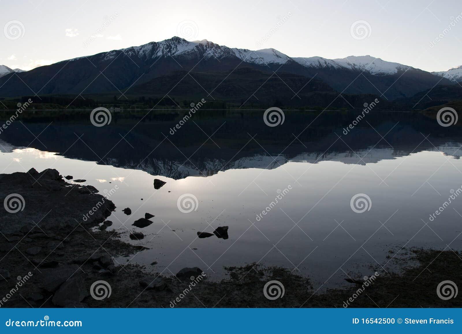 reflection mountains wanaka the - photo #23