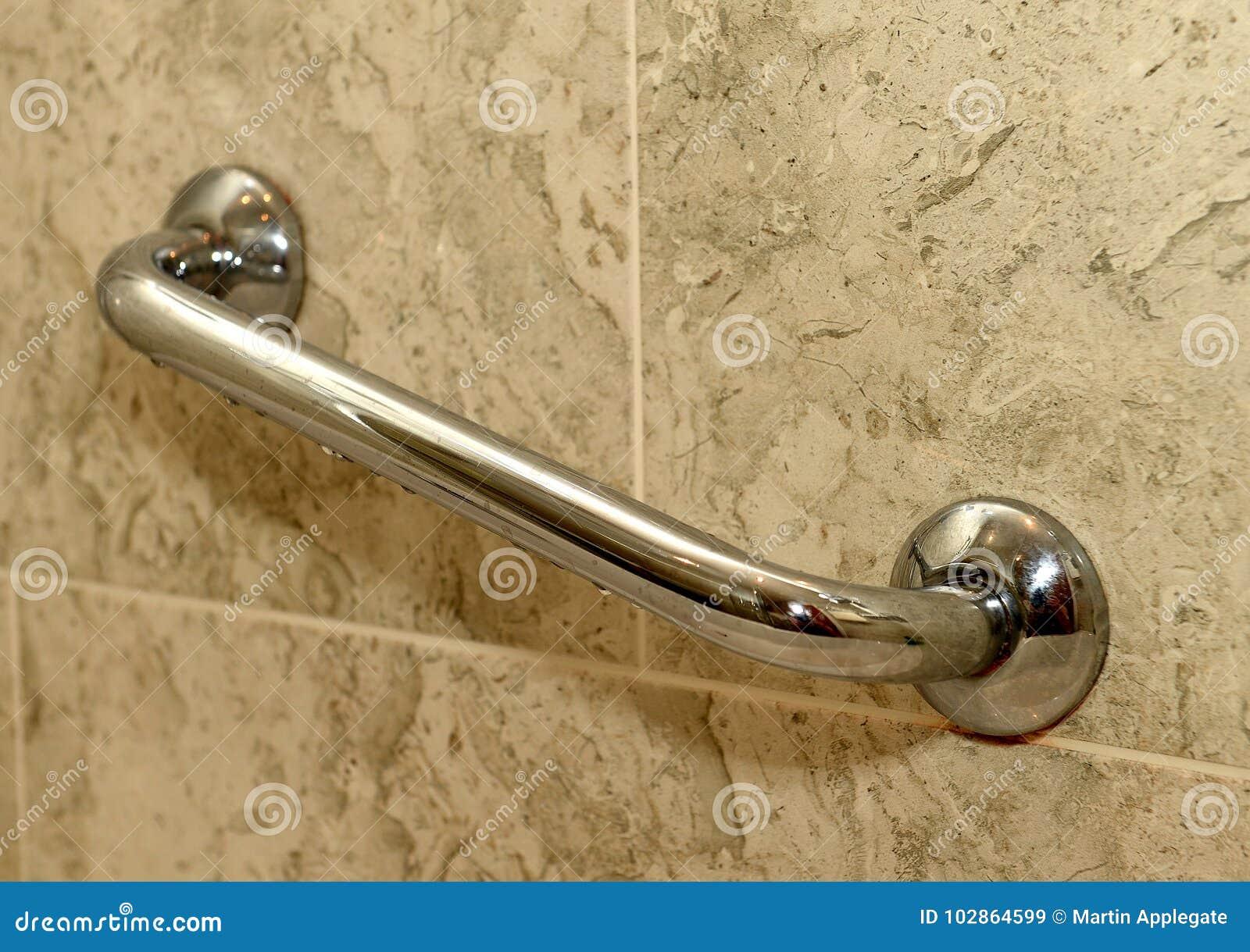 Wandgriff im Badezimmer