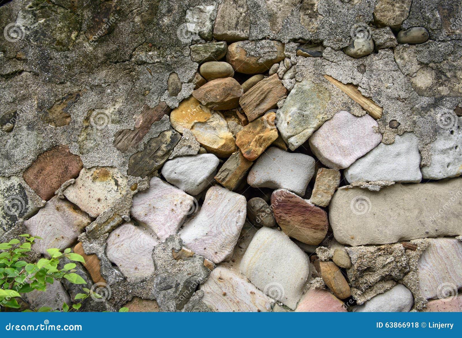 Wandsteine Stockfoto - Bild: 63866918