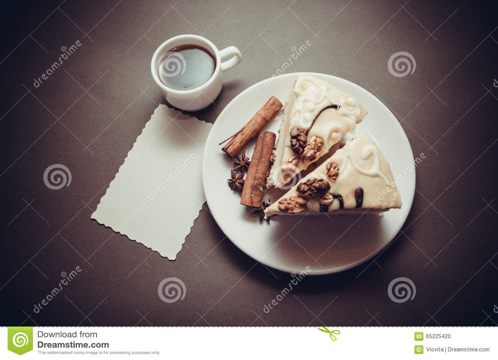 Wanilii kawa i tort