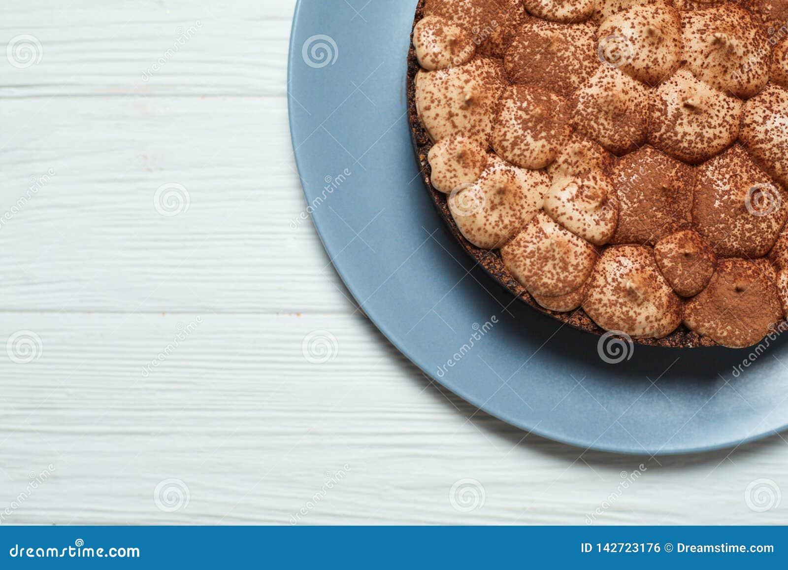 Waniliowy cheesecake z dojnej czekolady kakao i ?mietank?
