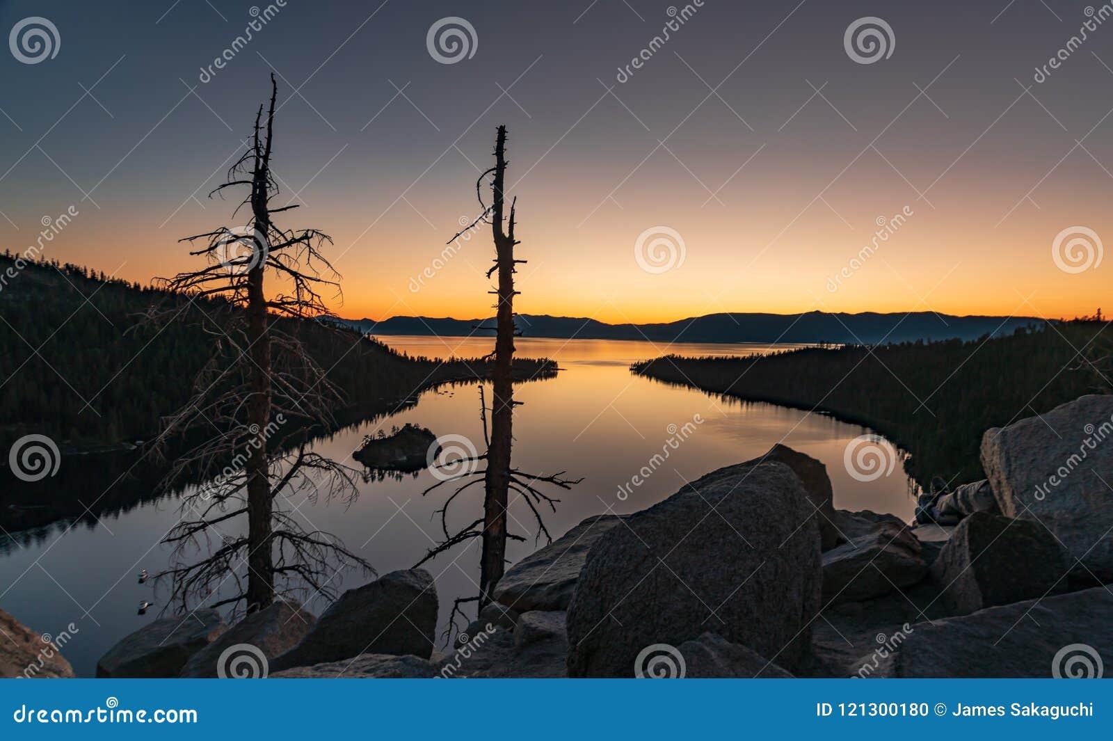 Wanneer het zijn omhoog bij zonsopgang is de moeite waard - Emerald Bay Lake Tahoe