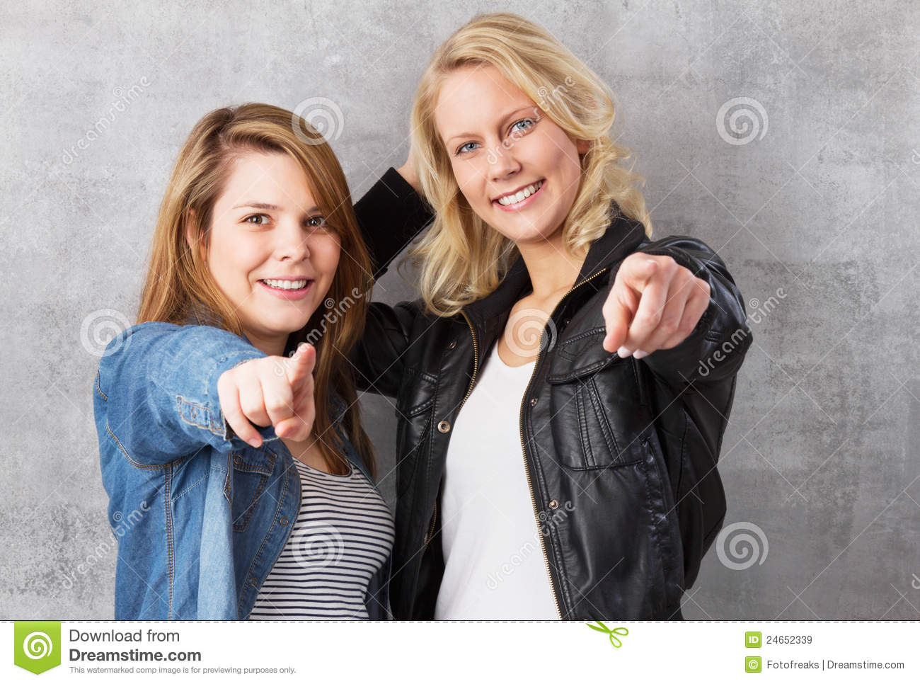 teens finger each other Young