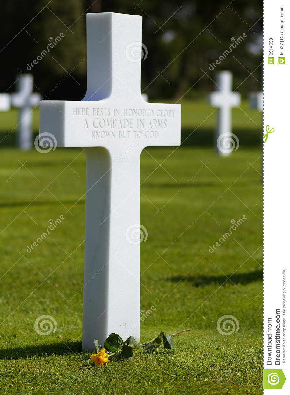 War Memorial Cross Stock Photos Image 8914993