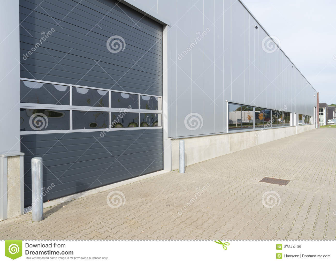 modern warehouse exterior warehouse exterior stock image image of loading delivery 776