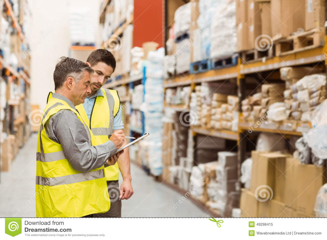 how to work in a warehouse