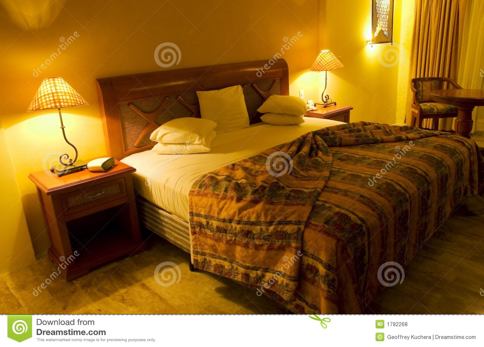 schlafzimmer gelb orange ~ Übersicht traum schlafzimmer, Schlafzimmer entwurf