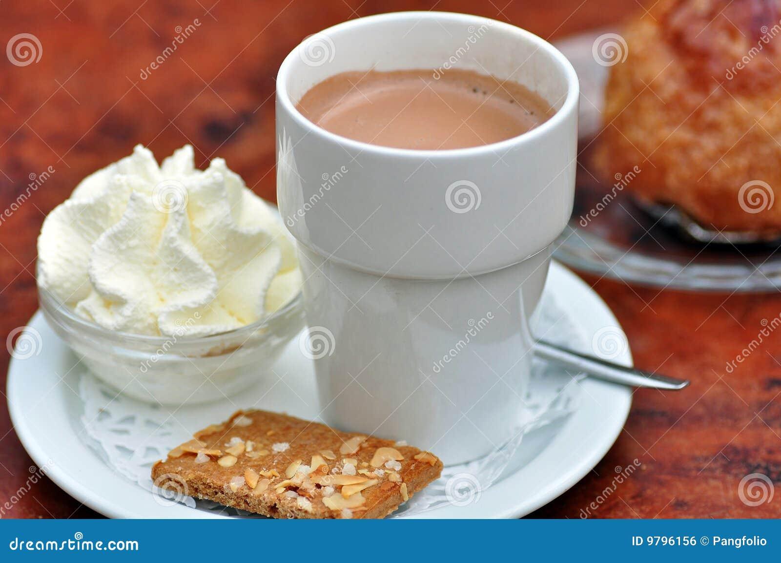Warme Schokolade stockfoto. Bild von getränk, abschluß - 9796156