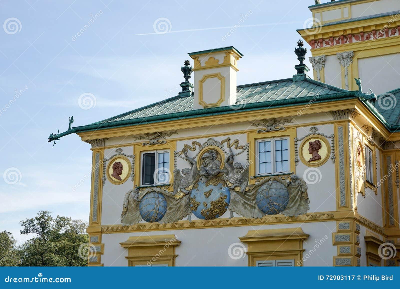 WARSZAWA POLAND/EUROPE - SEPTEMBER 17: Wilanow slott i Warszawa
