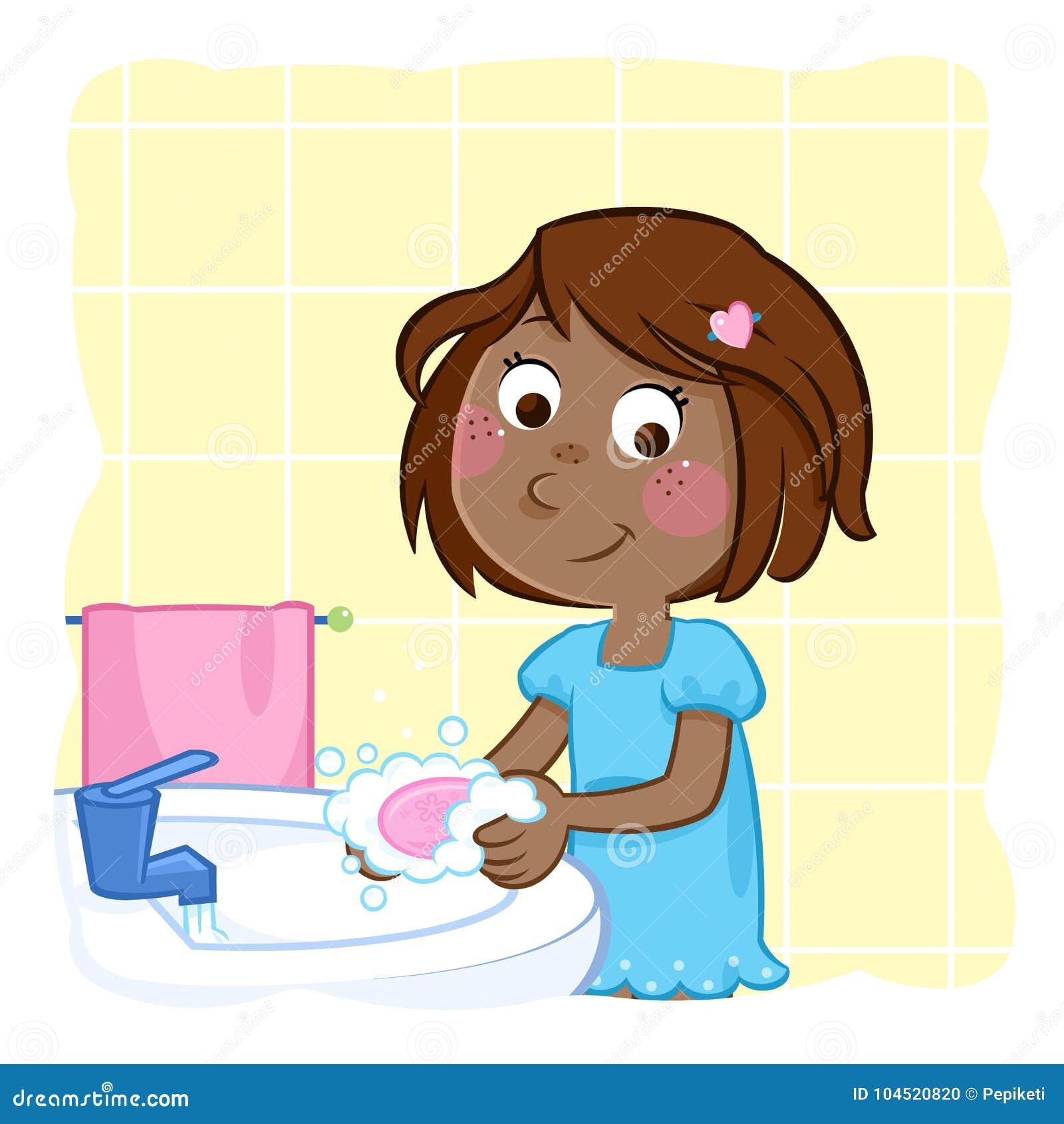 Waschende Hände des netten kleinen schwarzen Mädchens mit rosa Seife