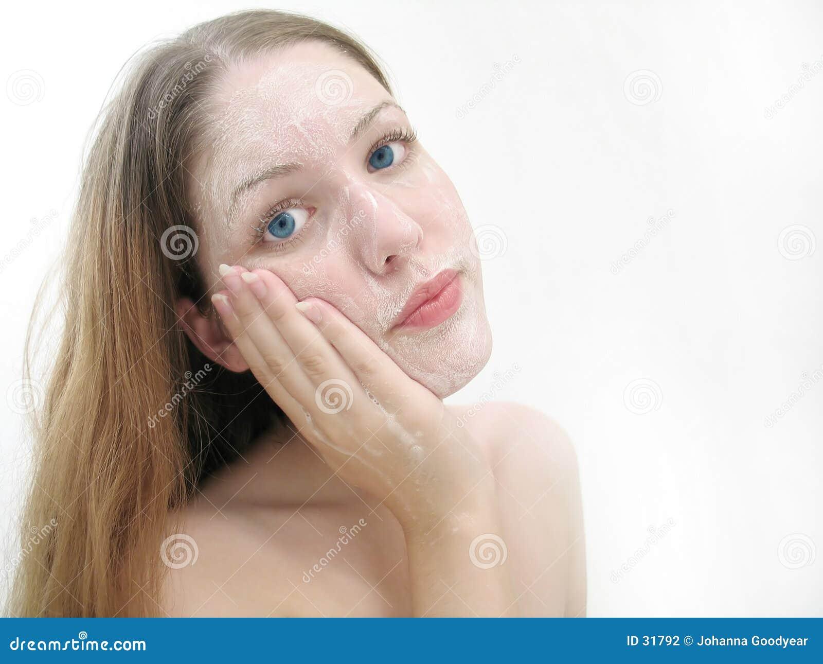 Download Wash twarzy zdjęcie stock. Obraz złożonej z niewinnie, cleaning - 31792
