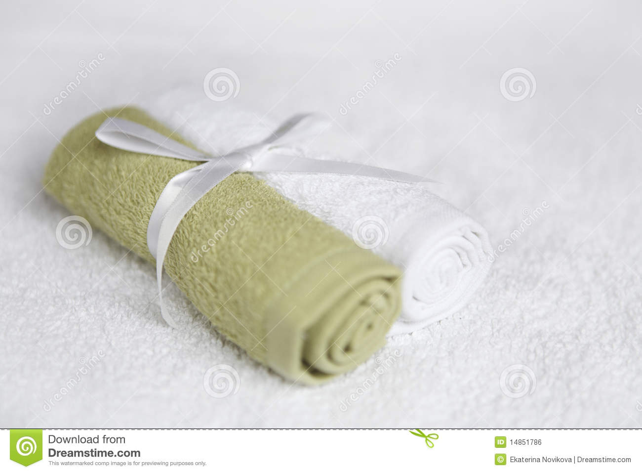 Washcloths tied with ribbon