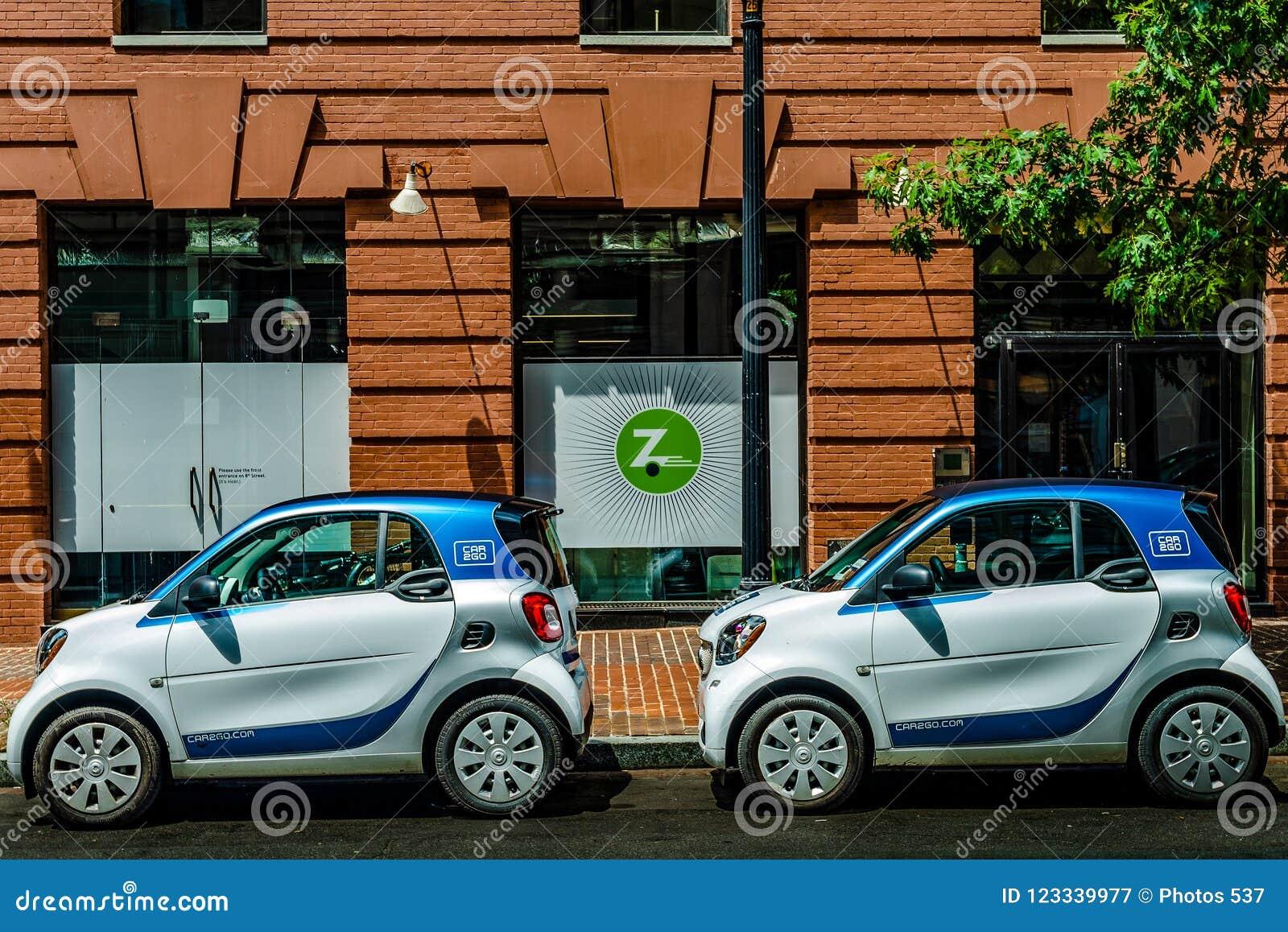 Washington, D C - 20 juli, 2018: Car2Go auto s voor Zipcar-bureau worden geparkeerd dat