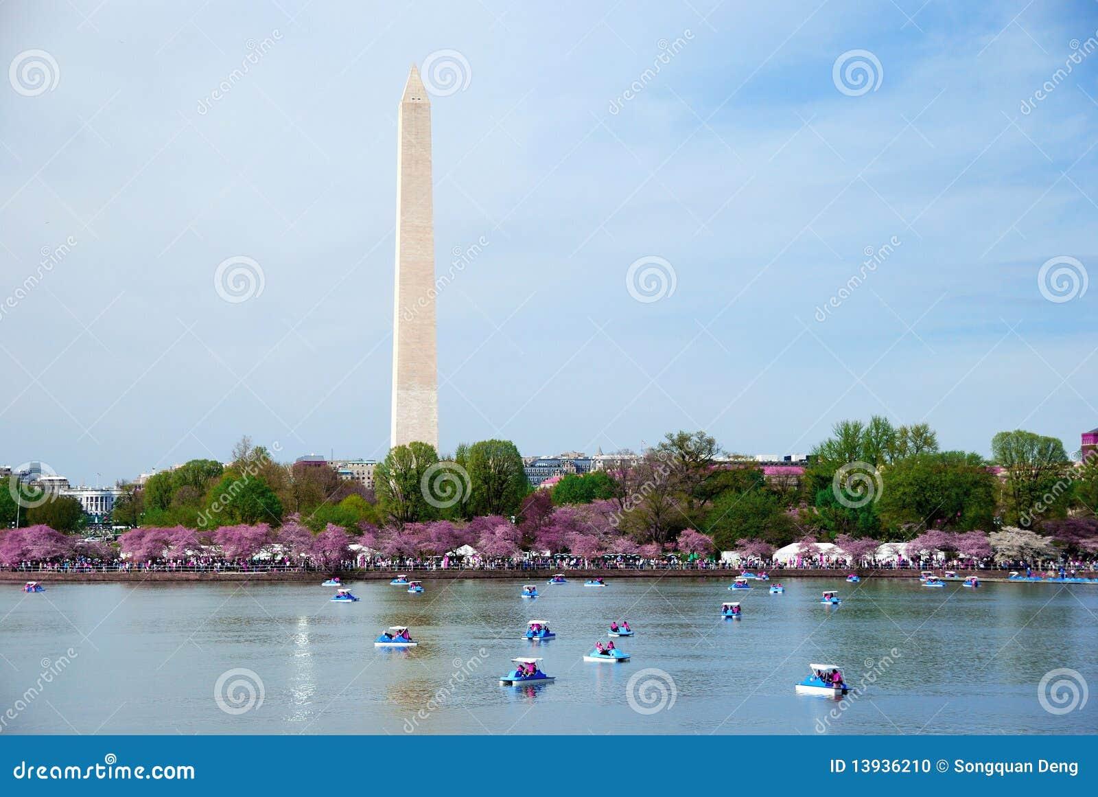 Monument Boat Tour Dc