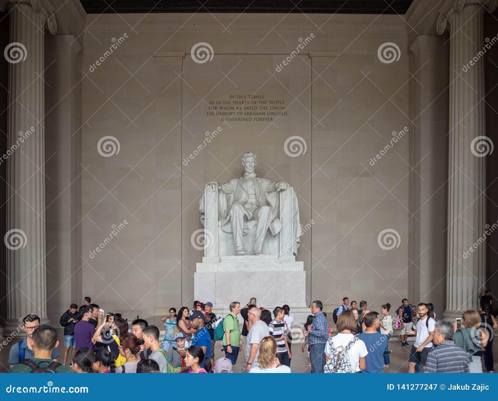 Washington DC, dystrykt kolumbii Stany Zjednoczone USA, Lincoln pomnik nad odbicie basenem, wnętrze i powierzchowność [,