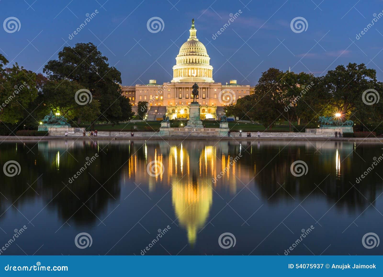 Washington Momument in Washington DC, de V.S.