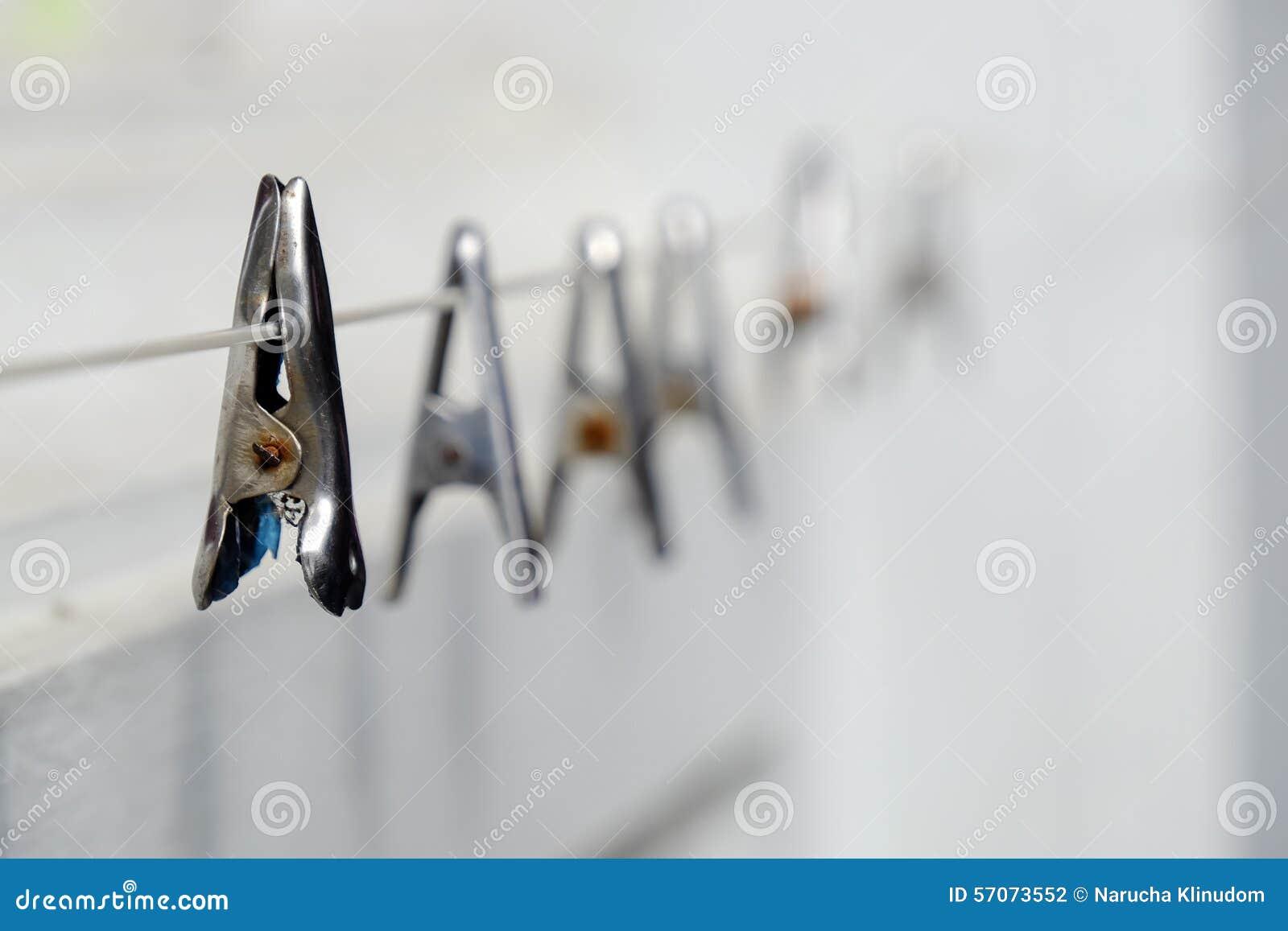 Wasknijper op drooglijn