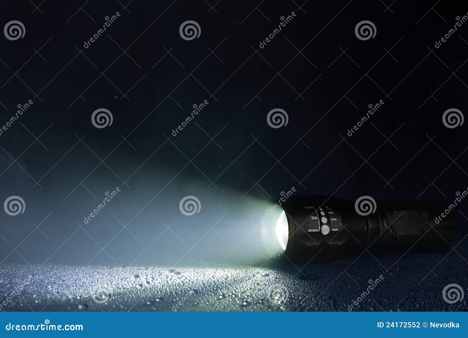 wasserdichte taschenlampe stockfotografie bild 24172552. Black Bedroom Furniture Sets. Home Design Ideas