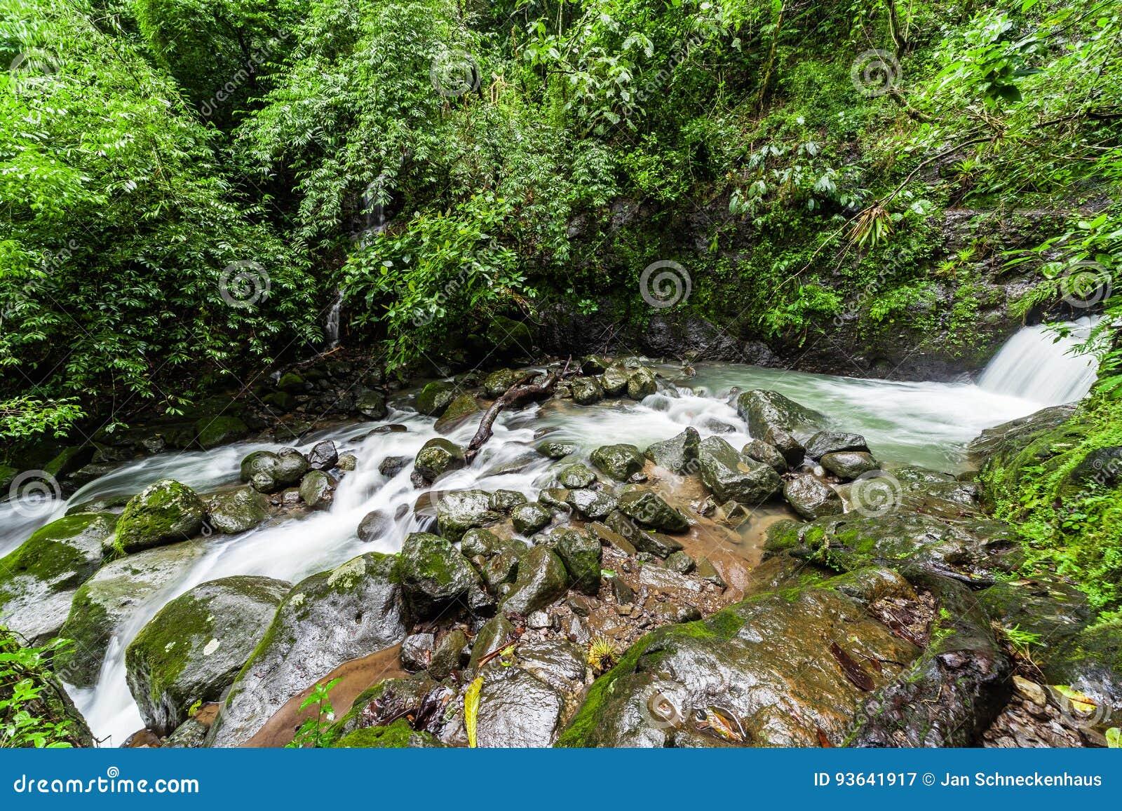Wasserfälle Chorro Las Mosas, entlang Rio Anton in EL Valle de Anton