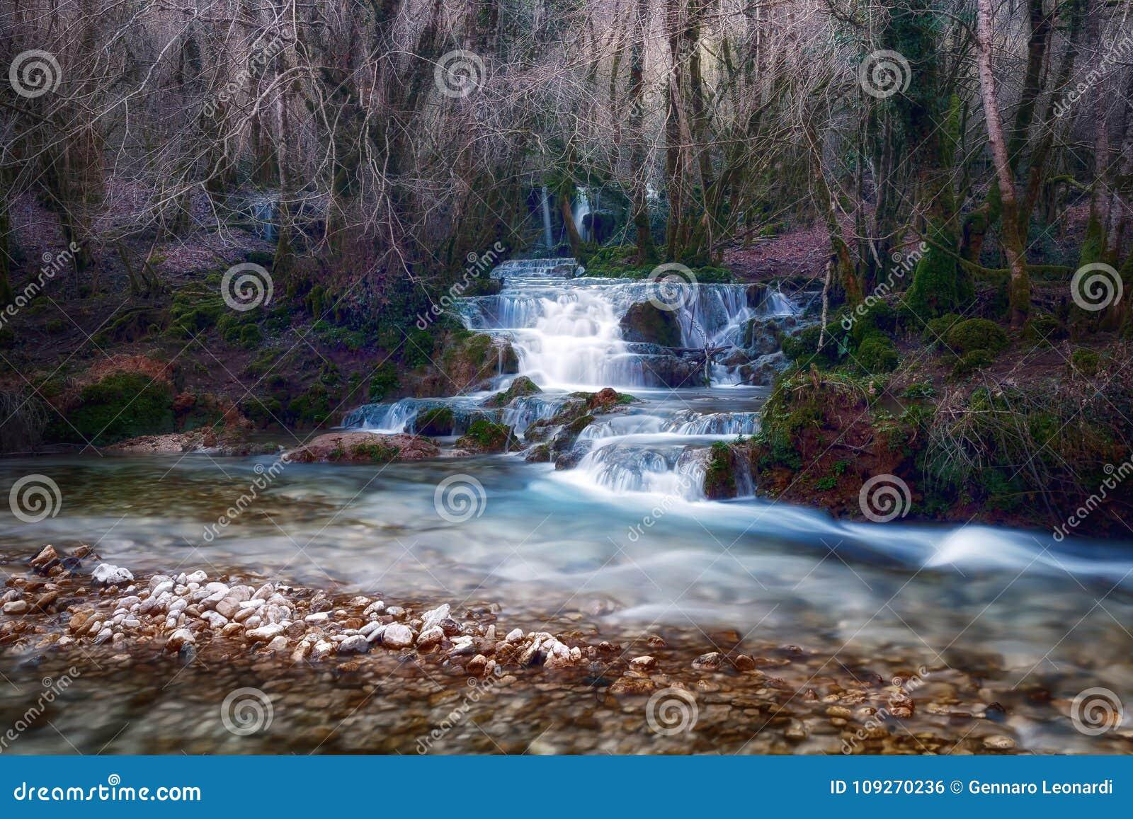 Wasserfälle nahe der Quelle des Flusses Aniene