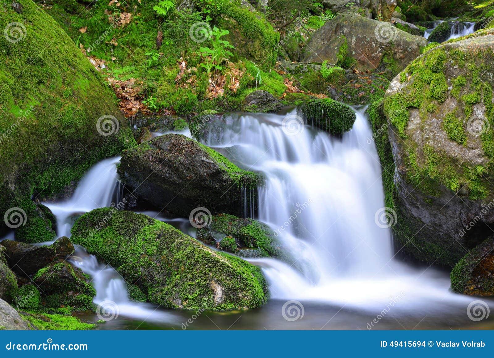 Download Wasserfall stockfoto. Bild von nave, stein, frech, spritzen - 49415694