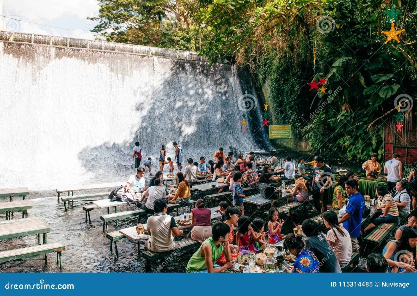 Wasserfallrestaurant-Landhaus escudero, San Pablo, Philippinen