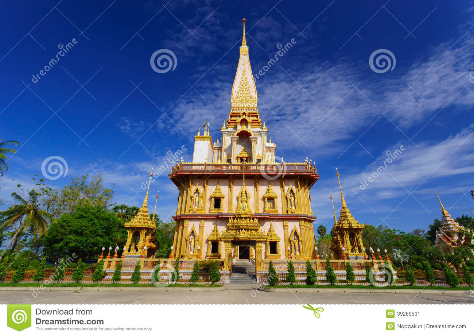 Wat查龙寺庙普吉岛,泰国