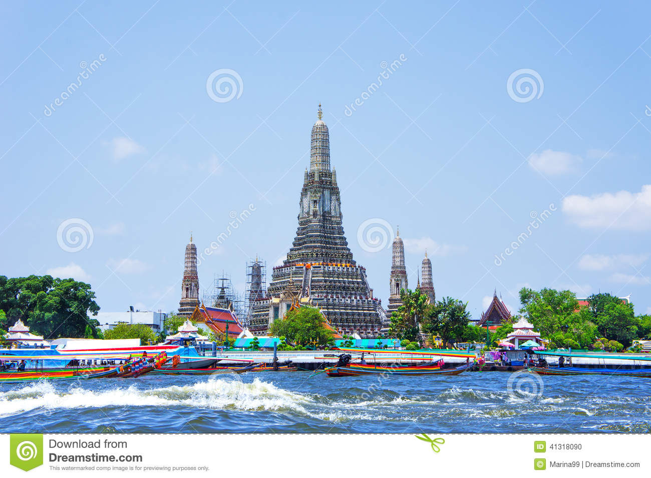 Wat Arun And Long Tail Motor Boat Cruise On River In Bangkok Stock Photo - Image: 41318090