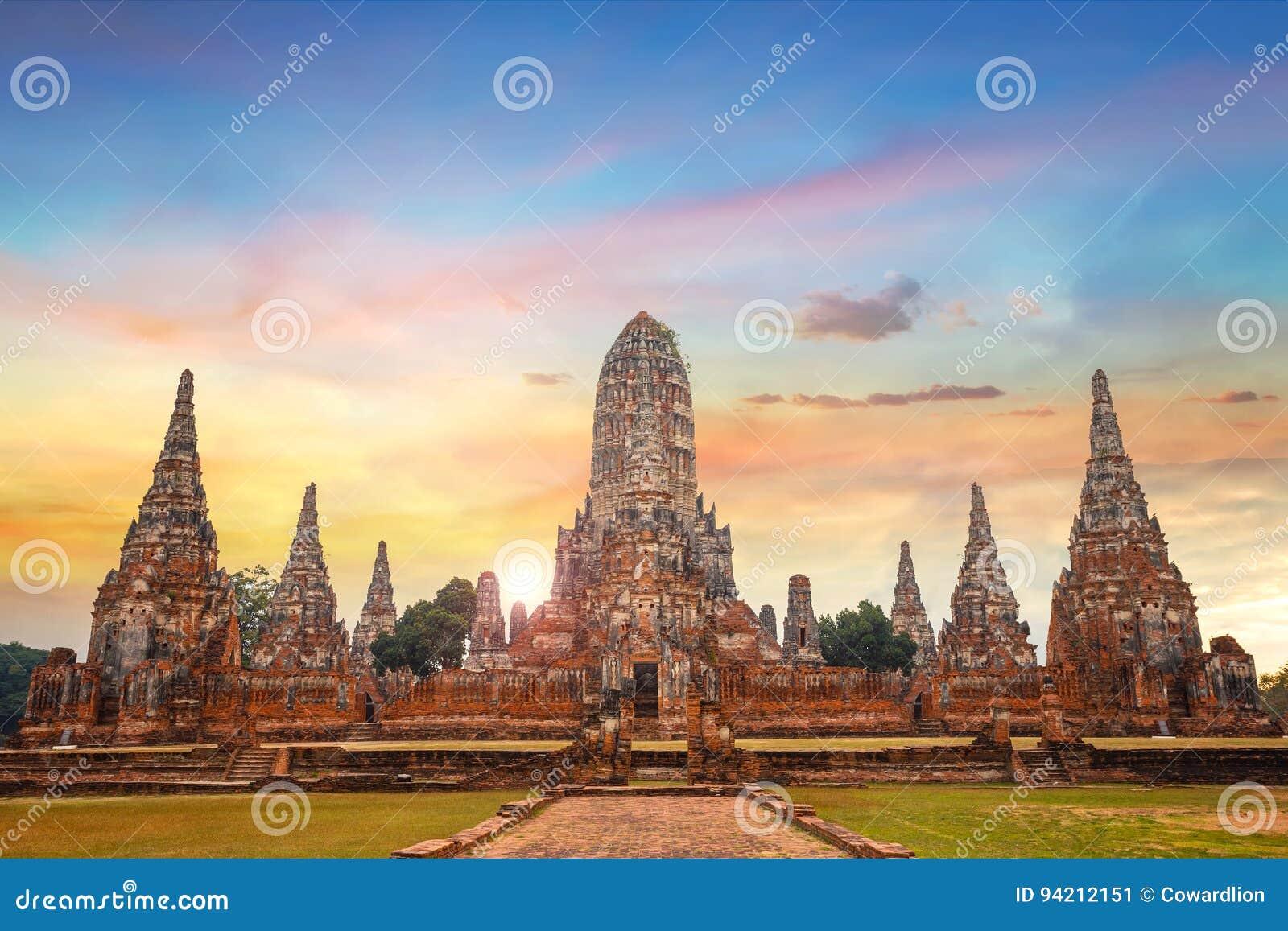Wat Chaiwatthanaram temple in Ayuthaya Historical Park, Thailand