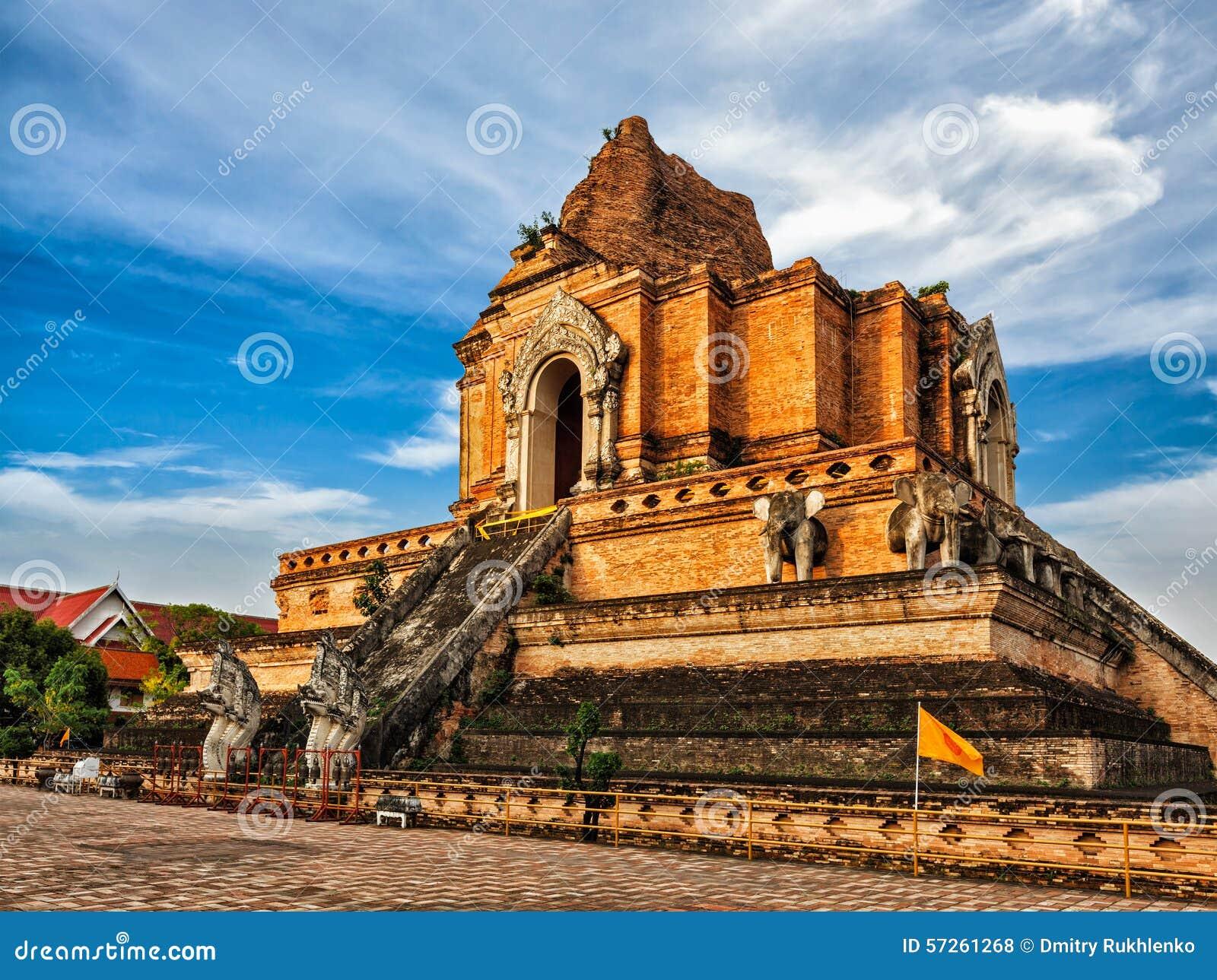 Wat Chedi Luang. Chiang Mai, Thailand Stock Photo - Image ...