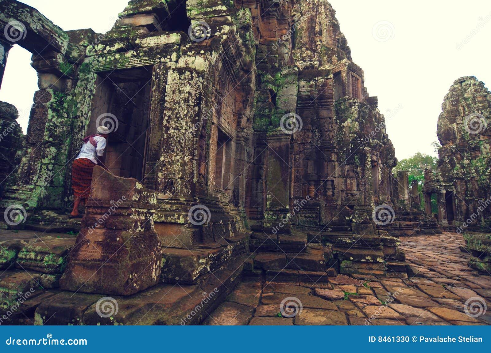 Wat för tempel för angkorbayonmonk