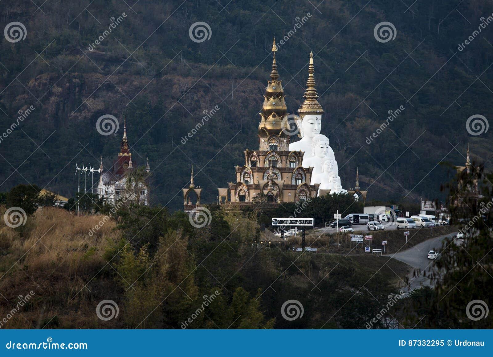 Wat Pha Sorn Kaew - Petchabun