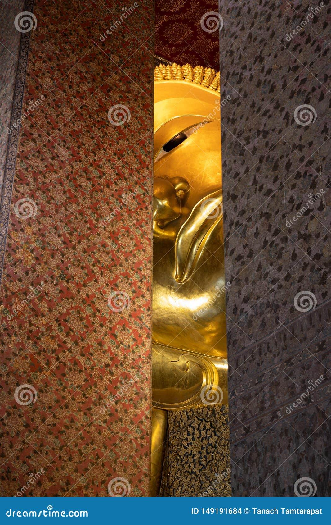 Wat pho的斜倚的菩萨
