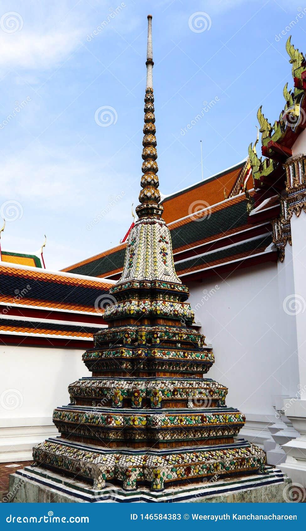 Wat Pho Temple des st?tzenden Buddhas oder des Wat Phra Chetuphons, befindet sich hinter dem Tempel Emerald Buddhas und a m?ssen-